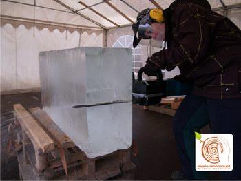 Eisskulpturen schnitzen bei Mario Mannhaupt