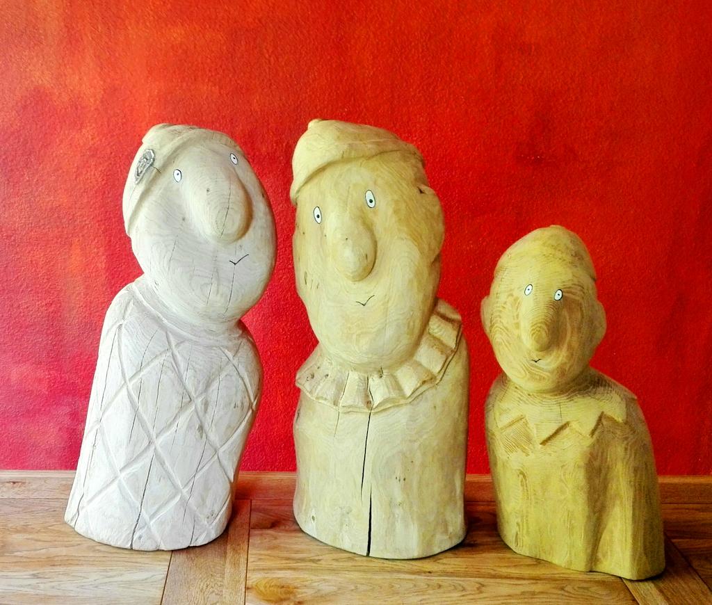 An 3 Kreativtage entstehen impulsante Holzfiguren