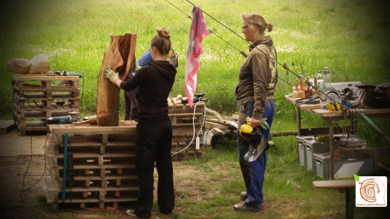 Kreativkurs mit Holz