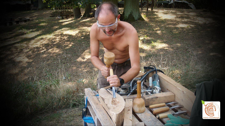 Kunst aus Holz erschaffen