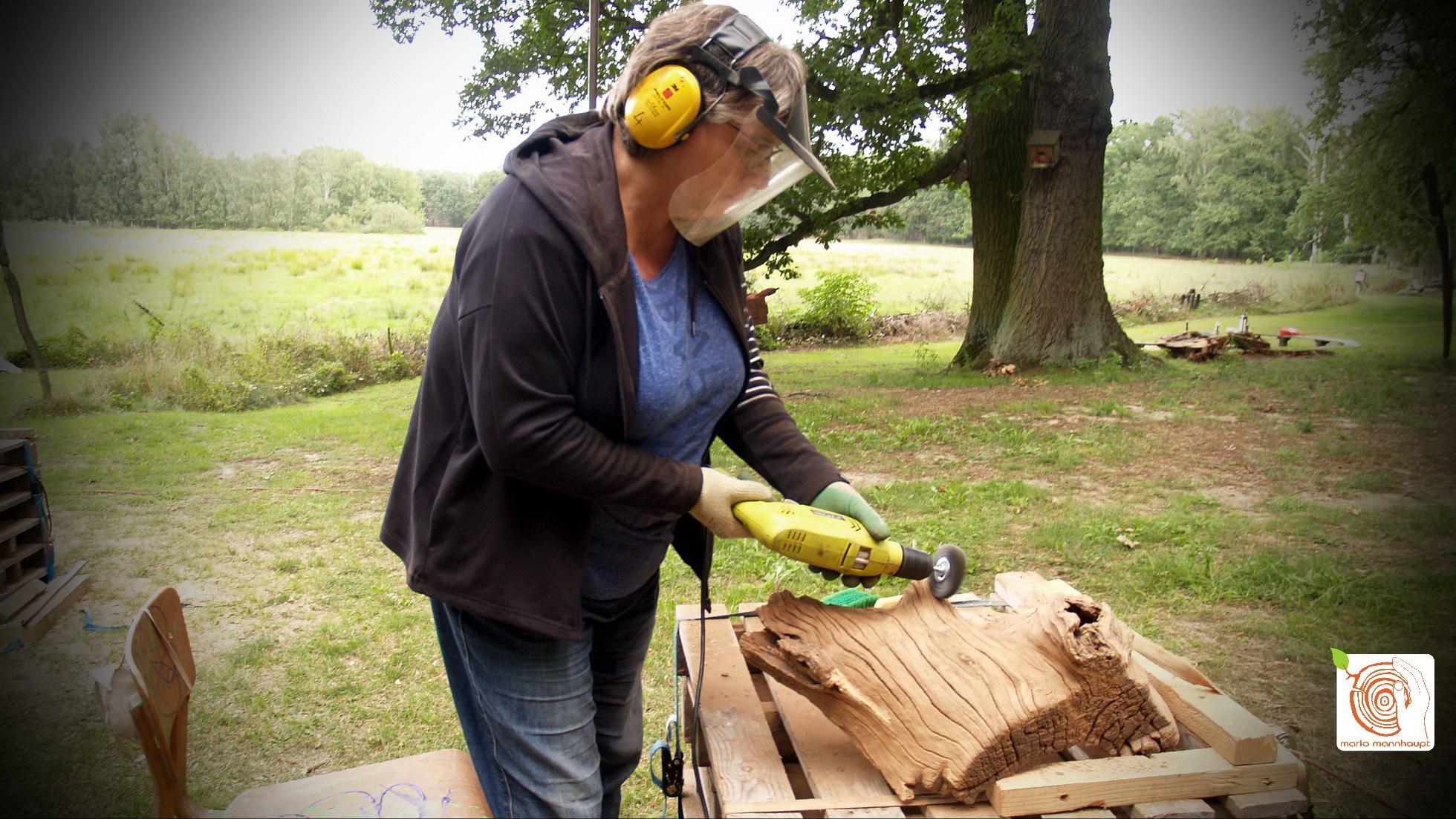 Bildhauerei und kreativ Holzgestalten